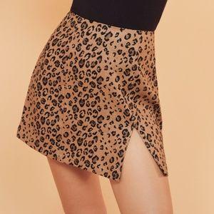 REFORMATION Cady linen mini skirt (12)